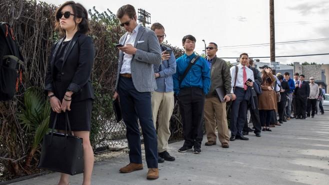 الشكاوي من البطالة الأمريكية تسجل أعلى مستوى في 5 أسابيع عند 222000 طلب