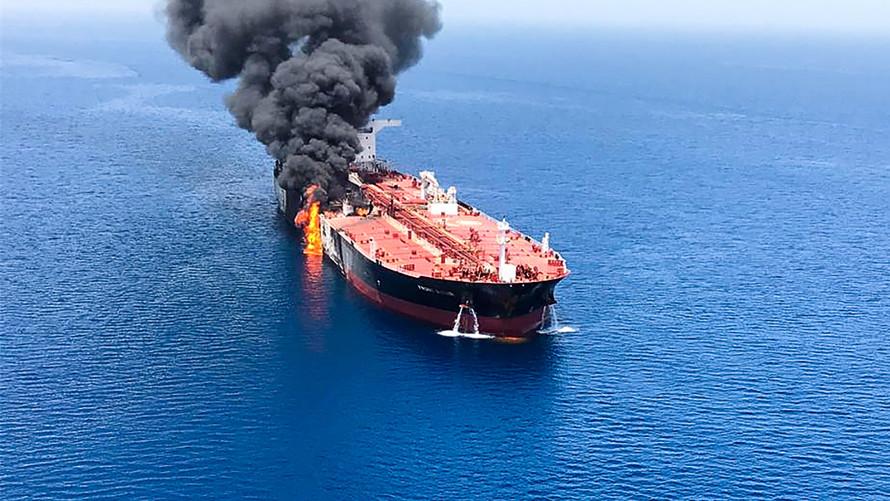 أسعار النفط مستقرة والأسواق تستمر في مراقبة مضيق هرمز بعد هجمات الناقلات