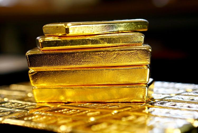 أسعار الذهب مستقرة قبل بيان الفيدرالي والموعد النهائي للتعريفات الجمركية