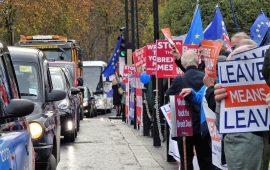اتجاه الاسترليني وسيناريوهات خروج بريطانيا