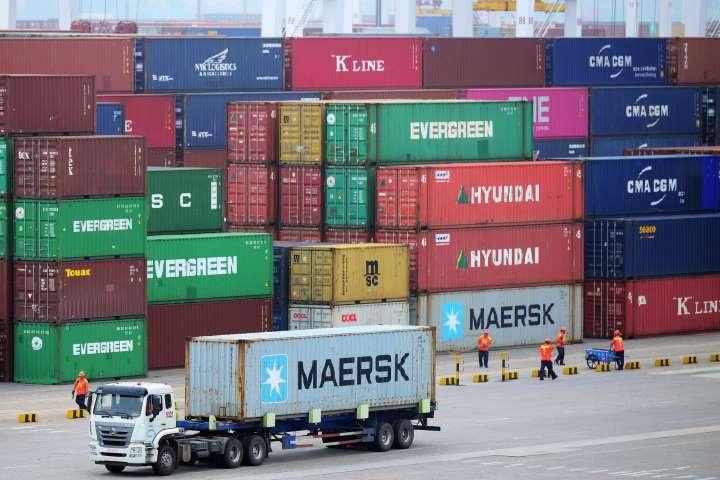 الحرب التجارية تجبر الشركات الأجنبية والمحلية على مغادرة الصين !