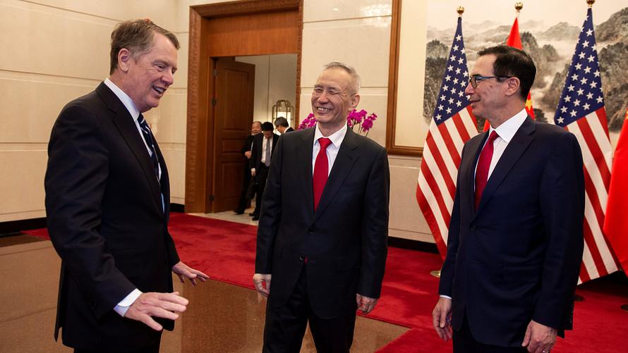 الولايات المتحدة والصين إما على أعتاب اتفاقية مهمة أو على وشك انهيار المحادثات