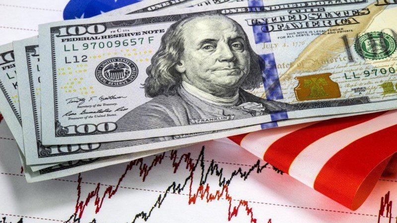 ما الذي دعم قفزة الدولار الأمريكي ؟